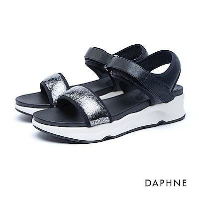達芙妮DAPHNE 涼鞋-一字金蔥魔鬼氈厚底涼鞋-黑