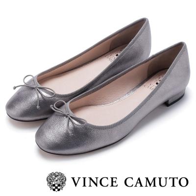 VINCE CAMUTO 法式優雅 經典蝴蝶結圓頭平底鞋-錫色