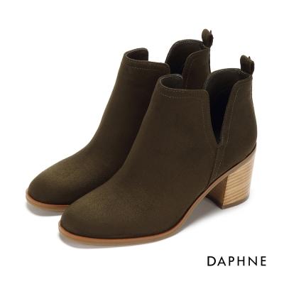達芙妮DAPHNE 踝靴-側V剪裁粗跟絨布踝靴-橄欖綠