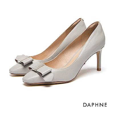 達芙妮DAPHNE 跟鞋-真皮立體蝴蝶結細高跟鞋-灰米