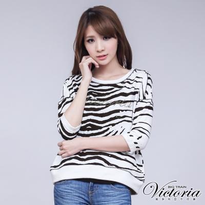 Victoria 貼鑽印紋短版七分袖T-女-白