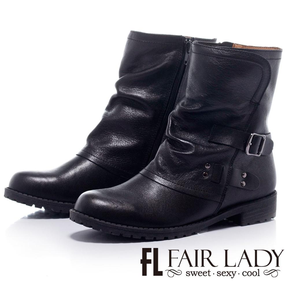 Fair Lady 率性之道皮帶扣造型短靴 黑