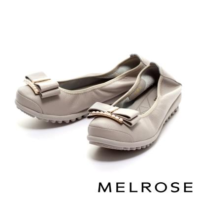 MELROSE 蝴蝶結珍珠飾釦牛皮厚底休閒鞋-灰