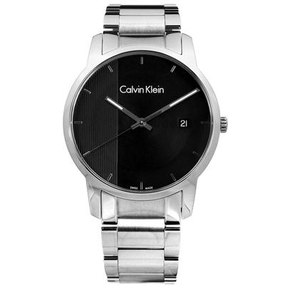 CK  經典直條紋日期視窗瑞士製造不鏽鋼手錶-黑色/43mm