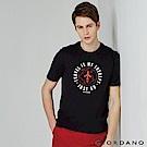 GIORDANO 男裝棉質熱愛旅行印花圓領T恤-03 標誌黑