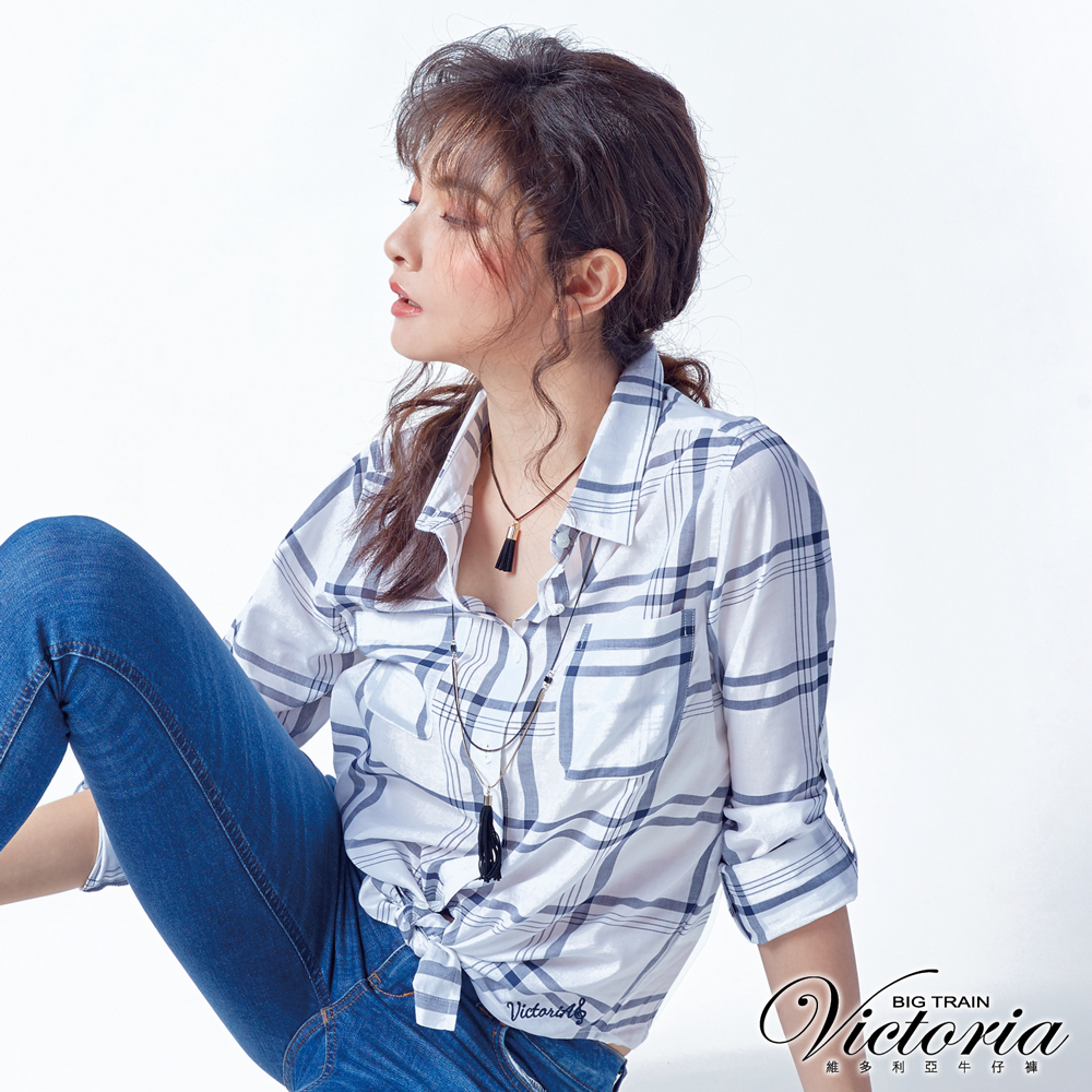 Victoria 輕薄格紋中長版長袖襯衫-女-白底黑格