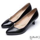 DIANA 漫步雲端輕盈美人款--優雅珍珠點綴鞋口真皮跟鞋 –黑