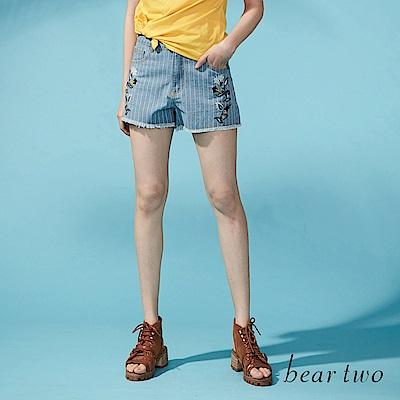 beartwo 細緻刺繡直紋丹寧短褲(二色)