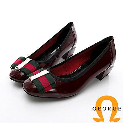 GEORGE 喬治-金屬飾扣圓頭真皮包鞋中跟鞋-紅