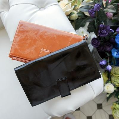 ZARATA-素色壓紋拉鍊手提式多層皮夾-共2色