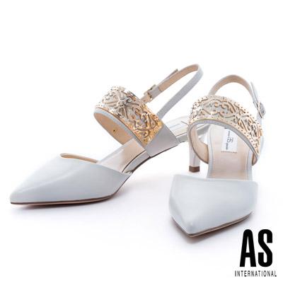 AS-金屬雕花飾片羊皮繫帶尖頭中跟鞋-米白