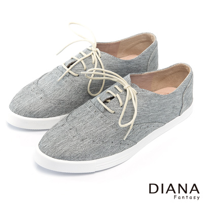 DIANA 超厚切焦糖獅子款--百搭車線斜紋雙色平底鞋-灰