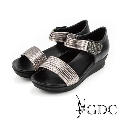 GDC-韓風時尚水鑽魔鬼沾楔型厚底一字涼拖鞋-槍灰色