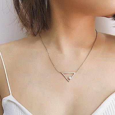 梨花HaNA 韓國極簡代表三角遊戲點珍珠鎖骨鍊