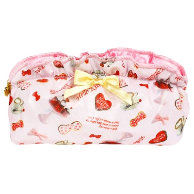 Sanrio HELLO KITTY法式浪漫系列緞面網紗水餃型化妝包(歡樂派對)