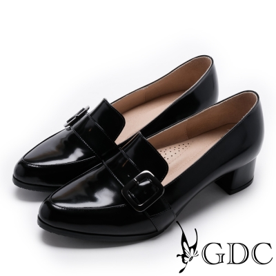 GDC-英倫真皮漆面側方釦尖頭低跟鞋-黑色