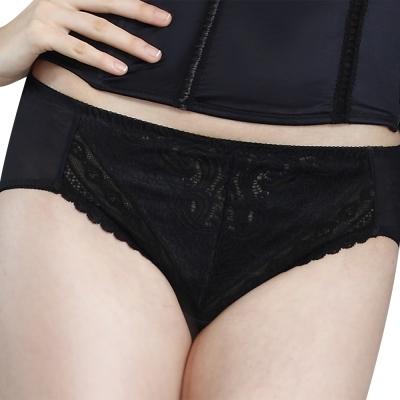 思薇爾-撩波系列M-XL中腰三角褲-黑色