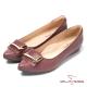 CUMAR台灣製造 顯瘦尖頭真皮低跟鞋-紅 product thumbnail 1