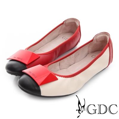 GDC百搭-方形飾扣勾邊撞色真皮平底娃娃鞋-紅色