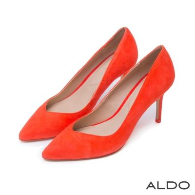 ALDO-原色麂皮V字造型尖頭細高跟鞋-熱情紅色