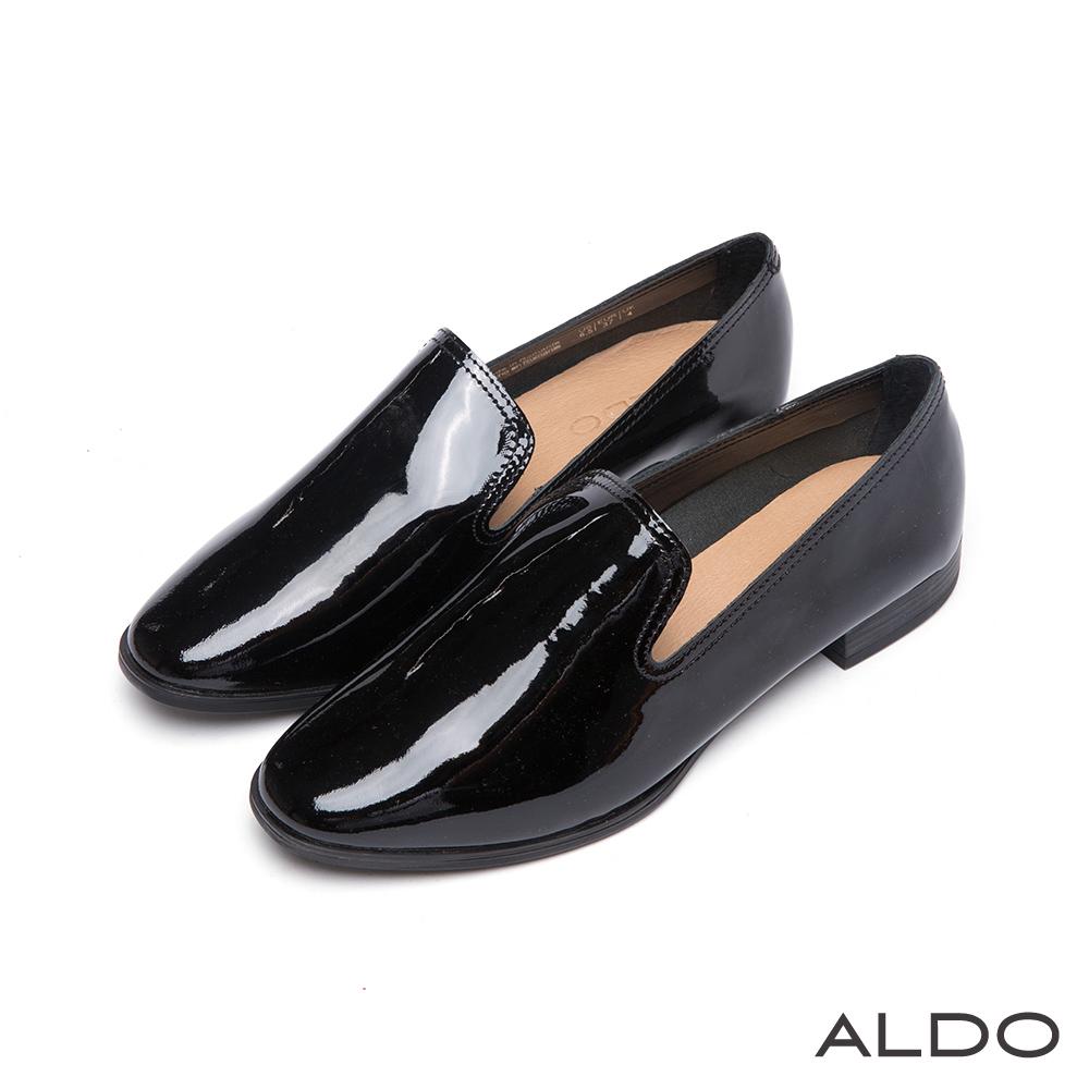 ALDO 率性都會風真皮雙車線弧形樂福跟鞋~尊爵黑色
