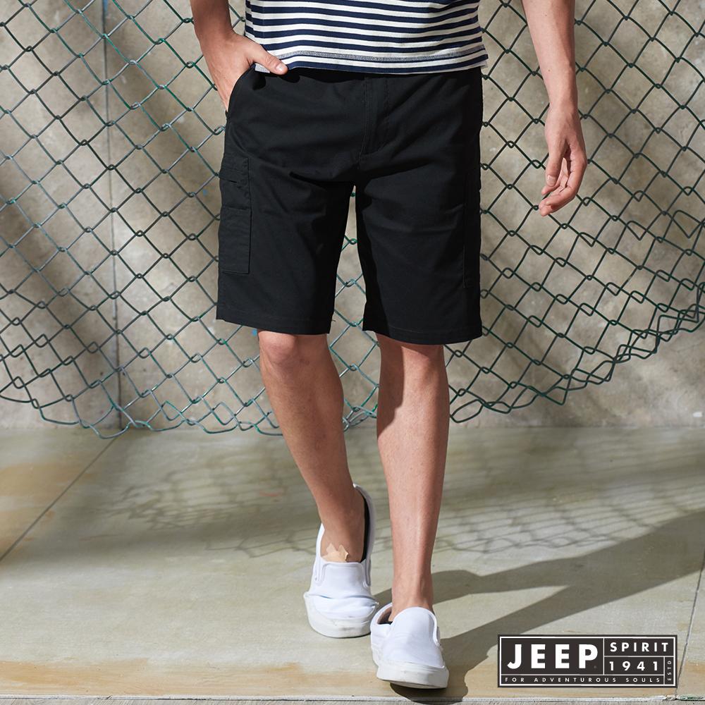 JEEP 純色休閒口袋短褲 黑色 (合身版)