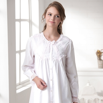 羅絲美睡衣 - 純真年代長袖洋裝睡衣(純白色)
