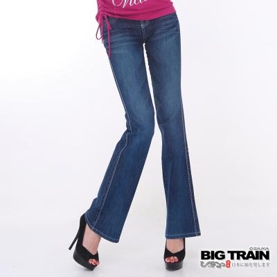 BIG TRAIN-女款 伸縮低腰桃型靴型褲-中藍
