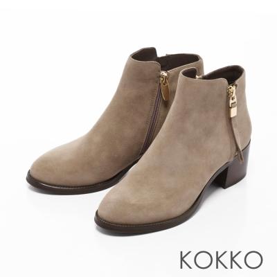 KOKKO- 騎士風範顯瘦側拉鍊真皮粗跟靴-霧灰