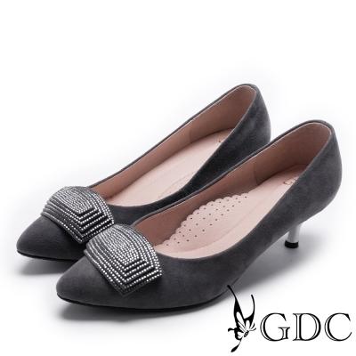 GDC-時尚質感方形鑽釦真皮低跟尖頭鞋-槍灰色