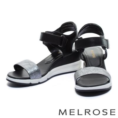涼鞋 MELROSE 異材質拼接一字造型楔型休閒涼鞋-銀黑