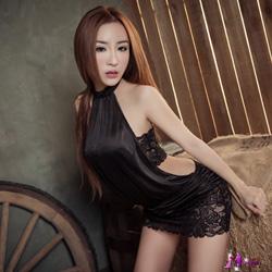 Moira 炫黑綁脖蕾絲二件式迷你辣妹連身裙