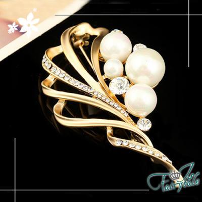 iSFairytale伊飾童話 流線扇葉 珍珠水鑽胸針 二色可選