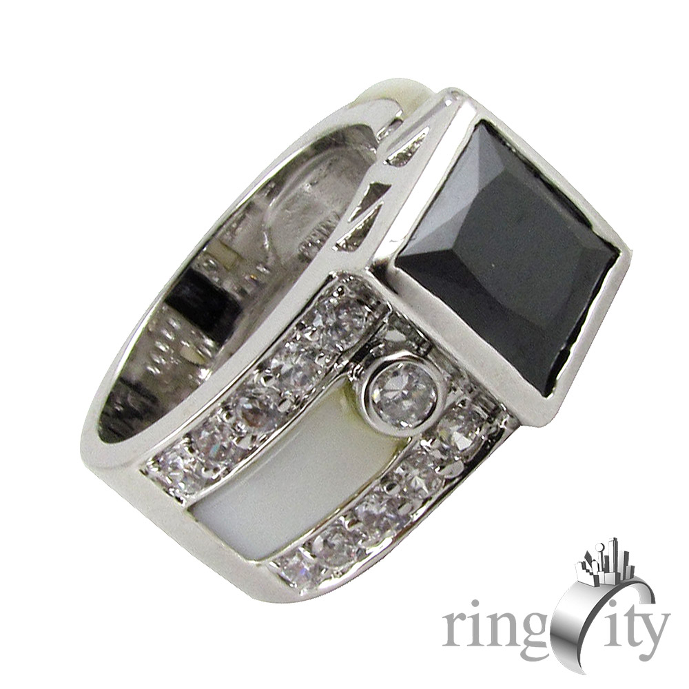RingCity 黑白相間方形黑色鋯石造型戒