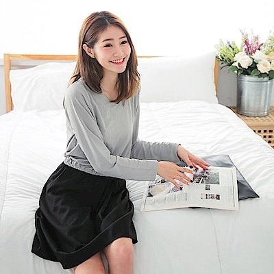 細紋滑順質感x素色打褶裙V領腰鬆緊長袖洋裝-OB大尺碼