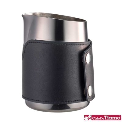 Tiamo 1431A 無柄斜口拉花杯圓口-鈦黑450cc(HC7114TBK)