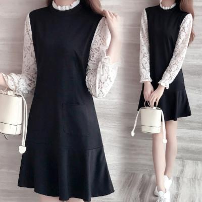 中大尺碼 蕾絲領拼接蕾絲花鏤空接袖波浪裙擺口袋洋裝XL~4L-Ballet Dolly
