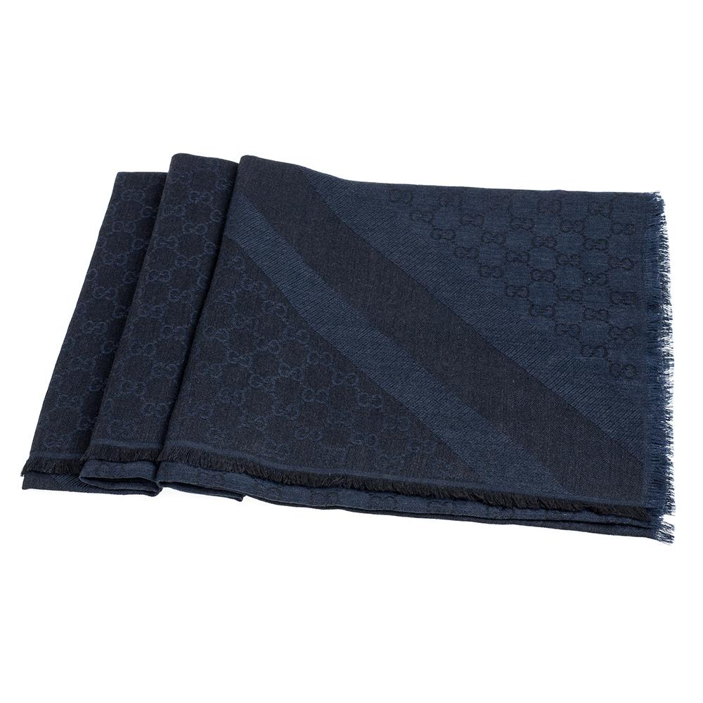 GUCCI 經典GG緹花線條羊毛混絲斜紋雙色流蘇披巾/圍巾(深藍)GUCCI