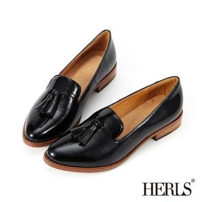HERLS 內真皮 復古漆皮流蘇樂福鞋-黑色