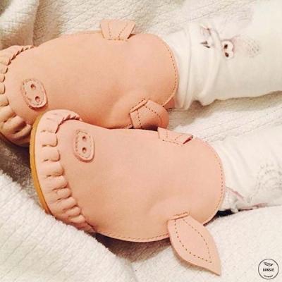 Donsje 荷蘭 小豬款動物造型內刷毛蝴蝶結真皮寶寶靴子