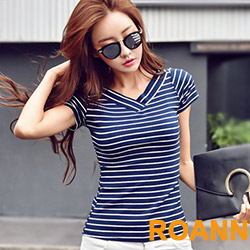 雙面大V領寬條紋短袖T恤 (共二色)-ROANN
