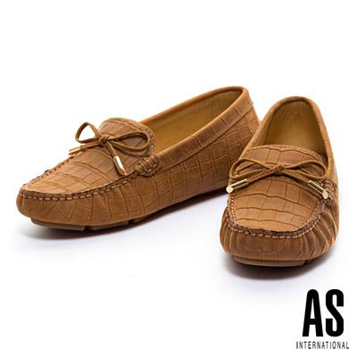休閒鞋-AS-經典鱷魚壓紋蝴蝶結牛皮休閒鞋-駝
