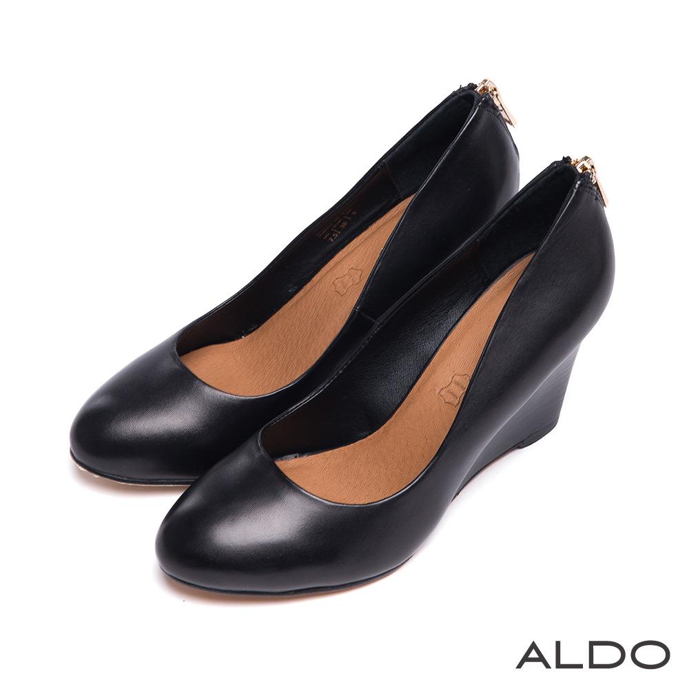 ALDO 優雅女伶簡約經典不敗真皮楔型跟鞋~百搭黑