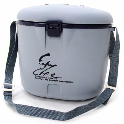 台灣製造 8公升冰桶(8L冰桶/行動冰箱攜帶式冰桶/釣魚冰桶/保冰桶冰筒)