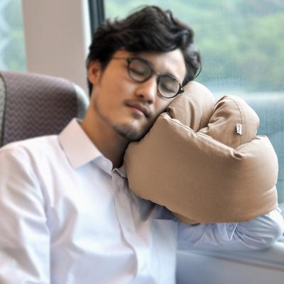 Huzi Infinity Pillow 百變頸枕/靠枕(卡其色)女人我最大強力推薦