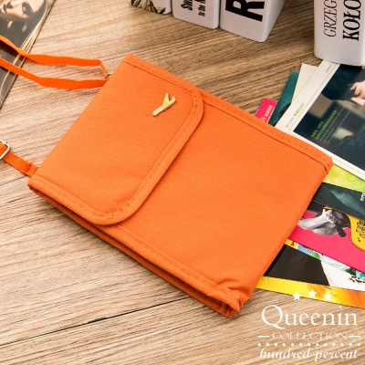 DF Queenin - 韓版隨身旅行斜背式護照包證件包-橘色