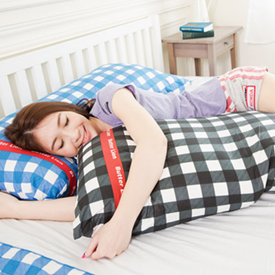 【奶油獅】格紋系列-台灣製造-100%精梳純棉可拆洗長型抱枕(含枕心)100CM(黑)