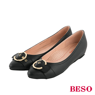BESO 俐落簡約 C字金屬飾釦全真皮低跟鞋~黑