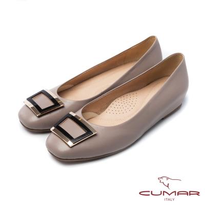 CUMAR法式優雅金屬方形飾釦小方頭內增高平底鞋芋