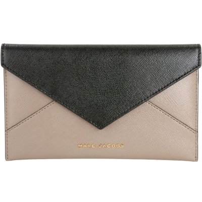MARC JACOBS Saffiano Envelope 拼色防刮皮革信封造型皮夾(灰)